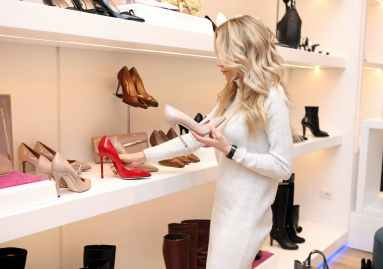 woman at shoe store
